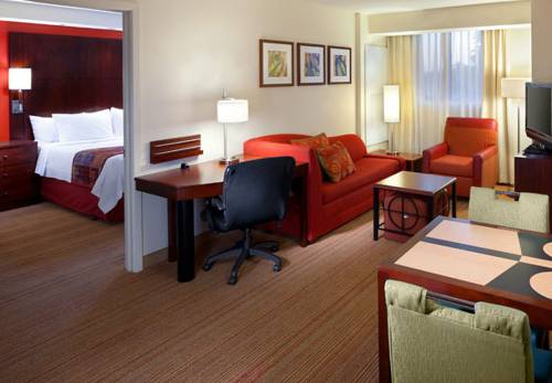Photo of guestrooms at Residence Inn Miami Airport